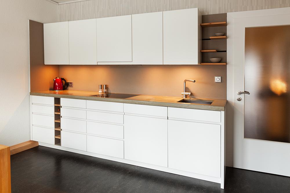 Moderne Küche Mit Klaren Formen